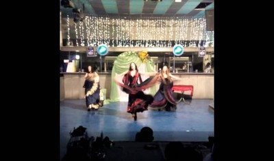 "Show group ""Izumrud"" Gypsy dance"