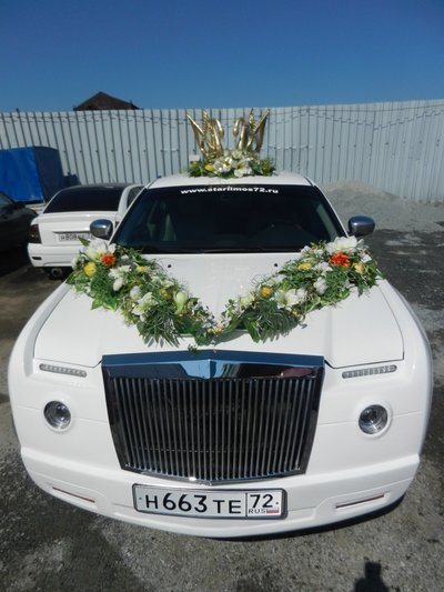 Лимузин Chrysler 300C в Rolls-Royce